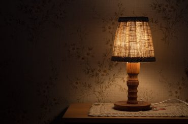 night-table-lamp-843461_1920