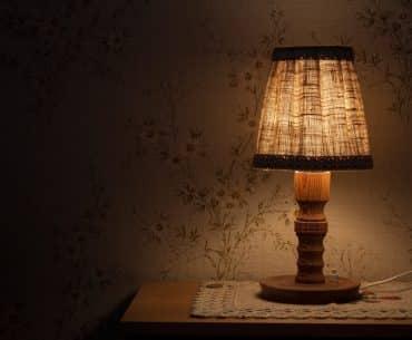 night-table-lamp-843461_1920